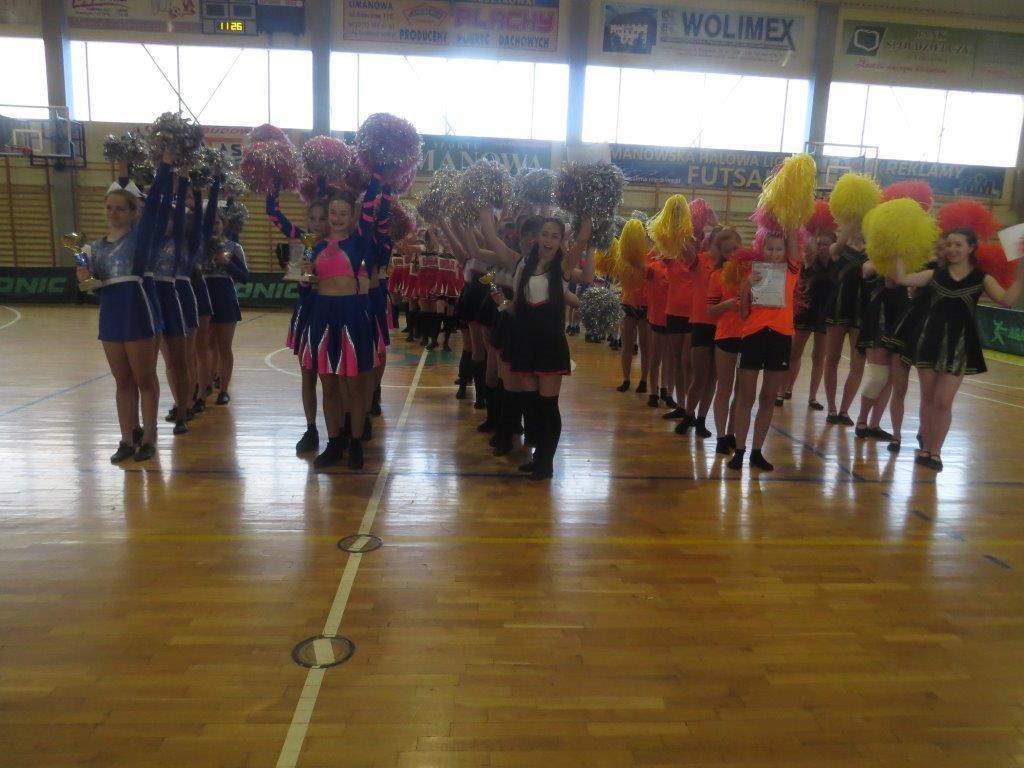 Cheerleaderki z Mordarki w finale zawodów wojewódzkich! - zdjęcie główne