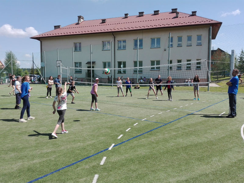 Dzień Dziecka w Szkole Podstawowej Nr 2 w Siekierczynie - zdjęcie główne