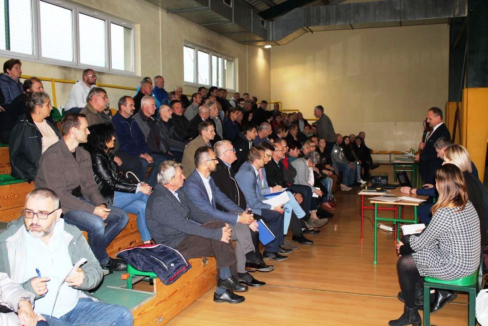 Spotkanie w sprawie  linii kolejowej w SP w Mordarce - zdjęcie główne