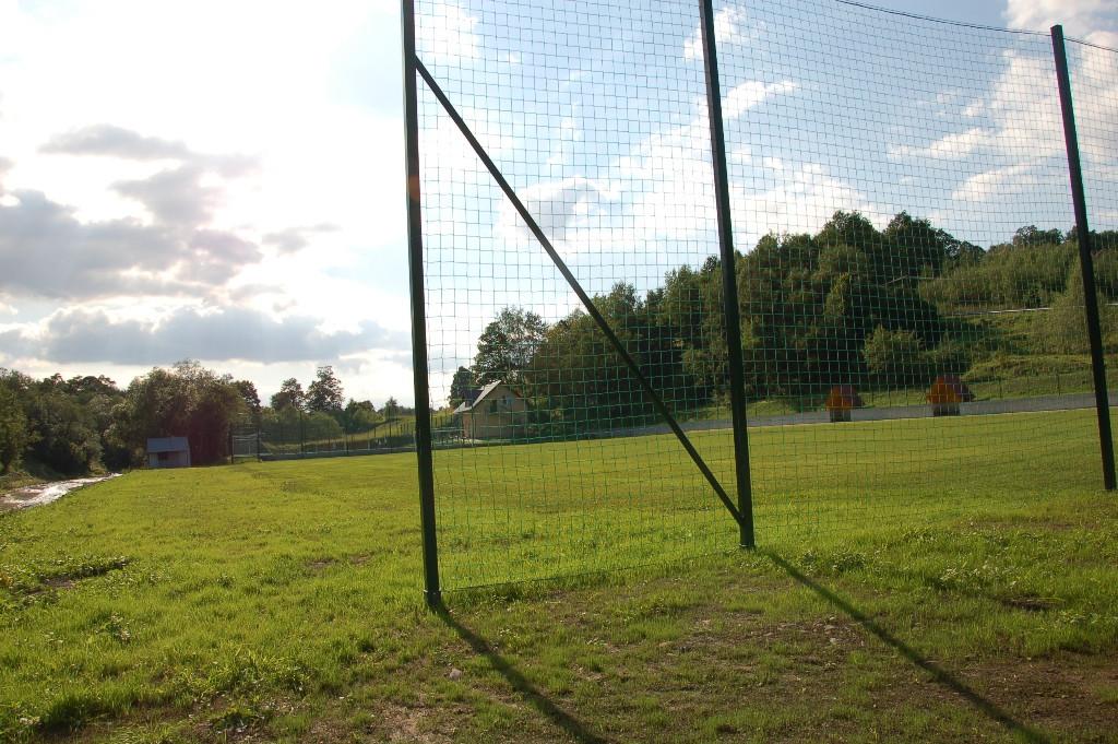 Stadion sportowy w Siekierczynie I