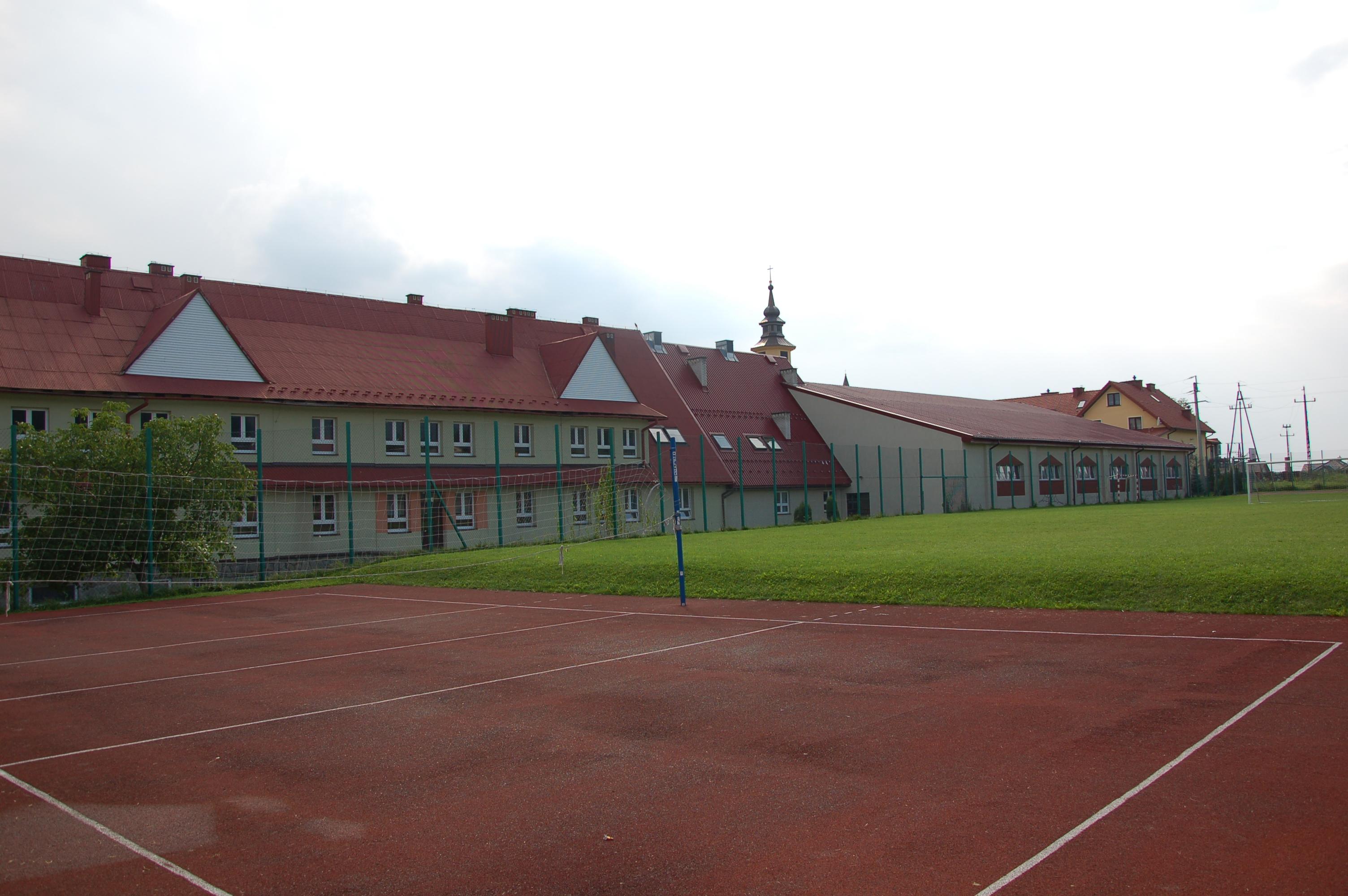 Gmina otrzymała dofinansowanie na budowę boisk w Mordarce, Pasierbcu i Kłodnem! - zdjęcie główne