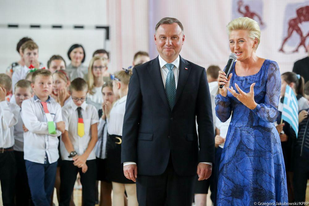 Para Prezydencka w Szkole Podstawowej w Pasierbcu - zdjęcie główne