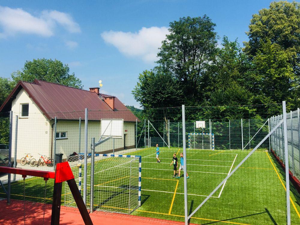 Powstała baza rekreacyjno-sportowa w Sowlinach i Młynnem - zdjęcie główne