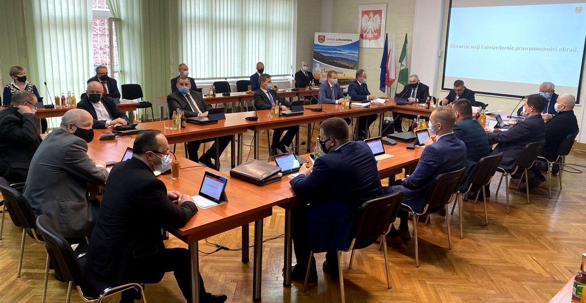 Informacja o XVII sesji Rady Gminy Limanowa - zdjęcie główne