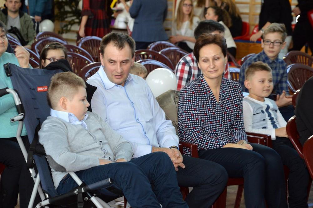 """Wielki sukces """"Świątecznego kiermaszu charytatywnego dla Kamilka""""! - zdjęcie główne"""