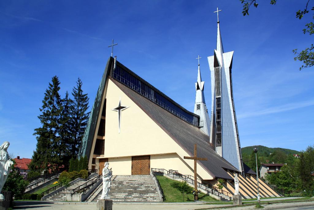 Kościoł w parafii pw. św. Stanisława Kostki w Limanowej-Sowlinach
