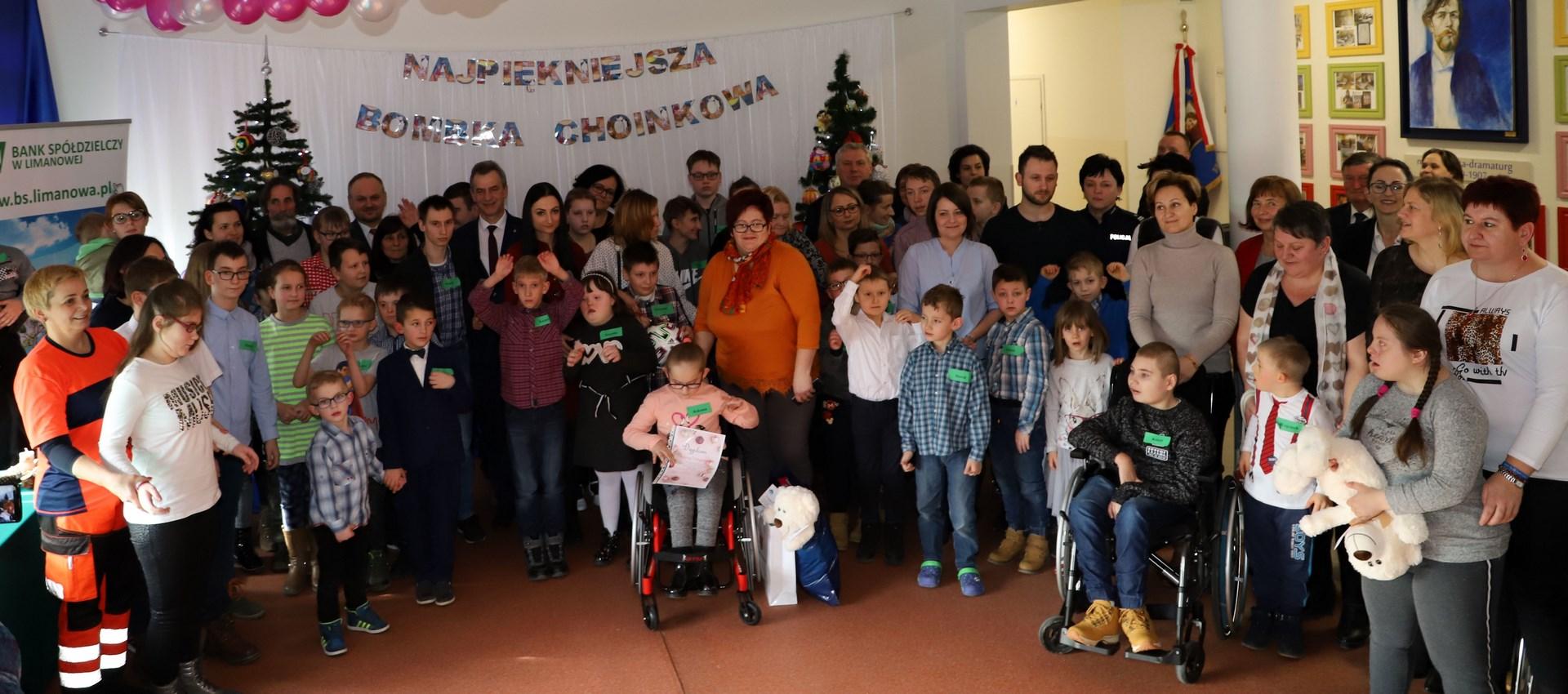 XI Miejsko-Gminny Bożonarodzeniowy Konkurs Plastyczny dla dzieci niepełnosprawnych w SP w Rupniowie - zdjęcie główne