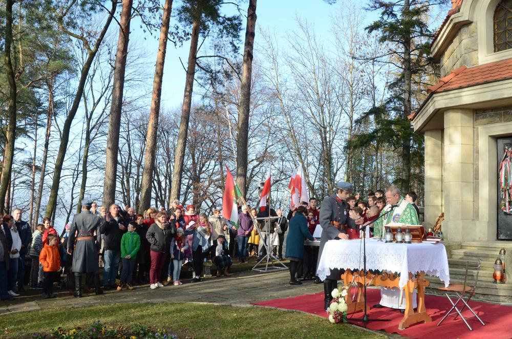 VIII Niepodległościowy Złaz Turystów na Jabłońcu - zdjęcie główne