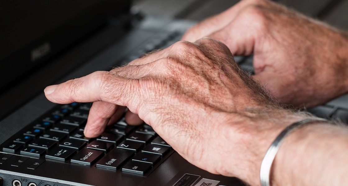 Bezpieczny e-Senior - zdjęcie główne