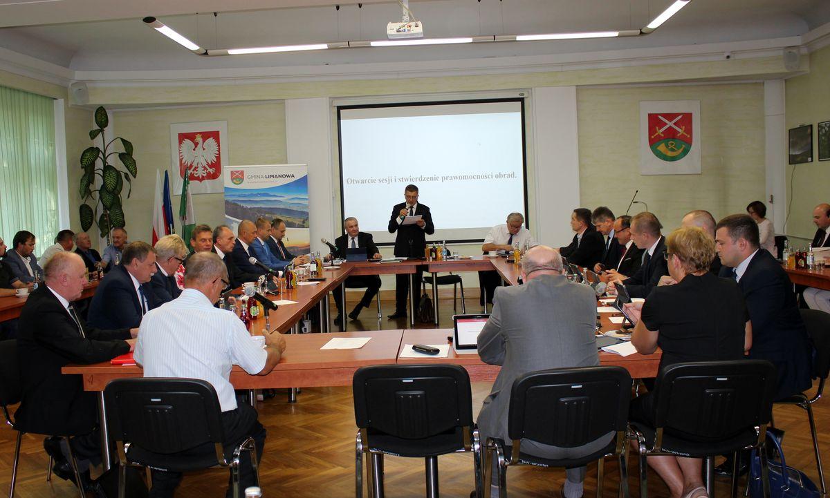 Informacja o VIII Sesji Rady Gminy - zdjęcie główne