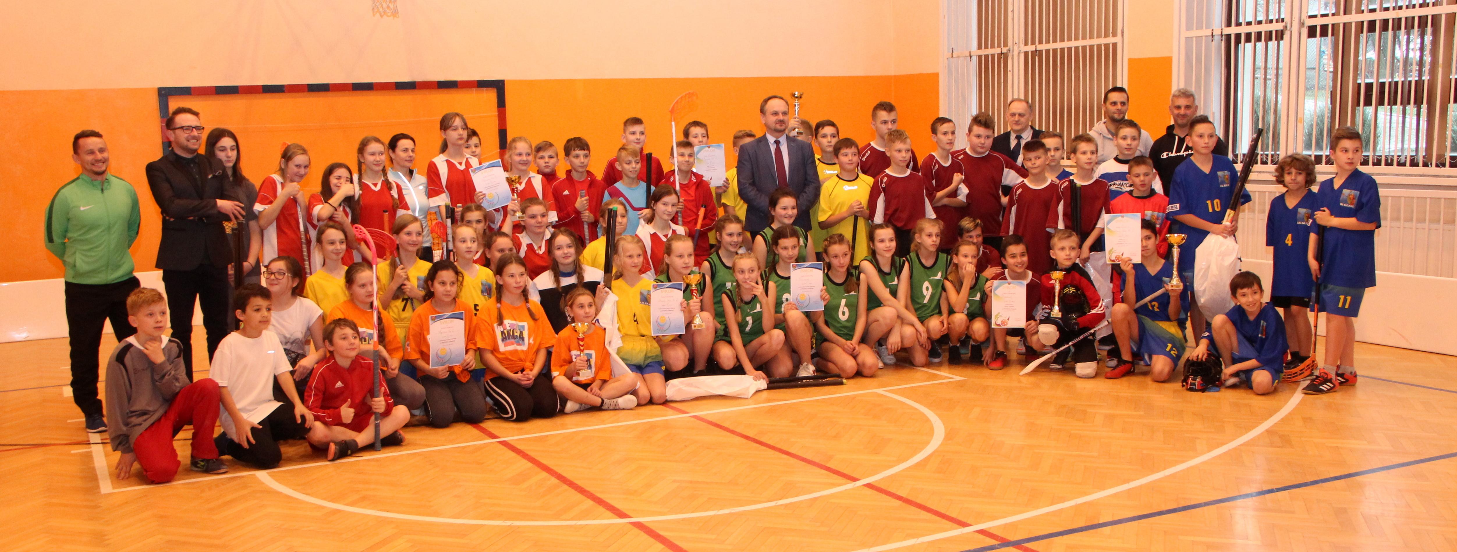 Za nami Igrzyska Dzieci w unihokeju dziewcząt i chłopców - zdjęcie główne
