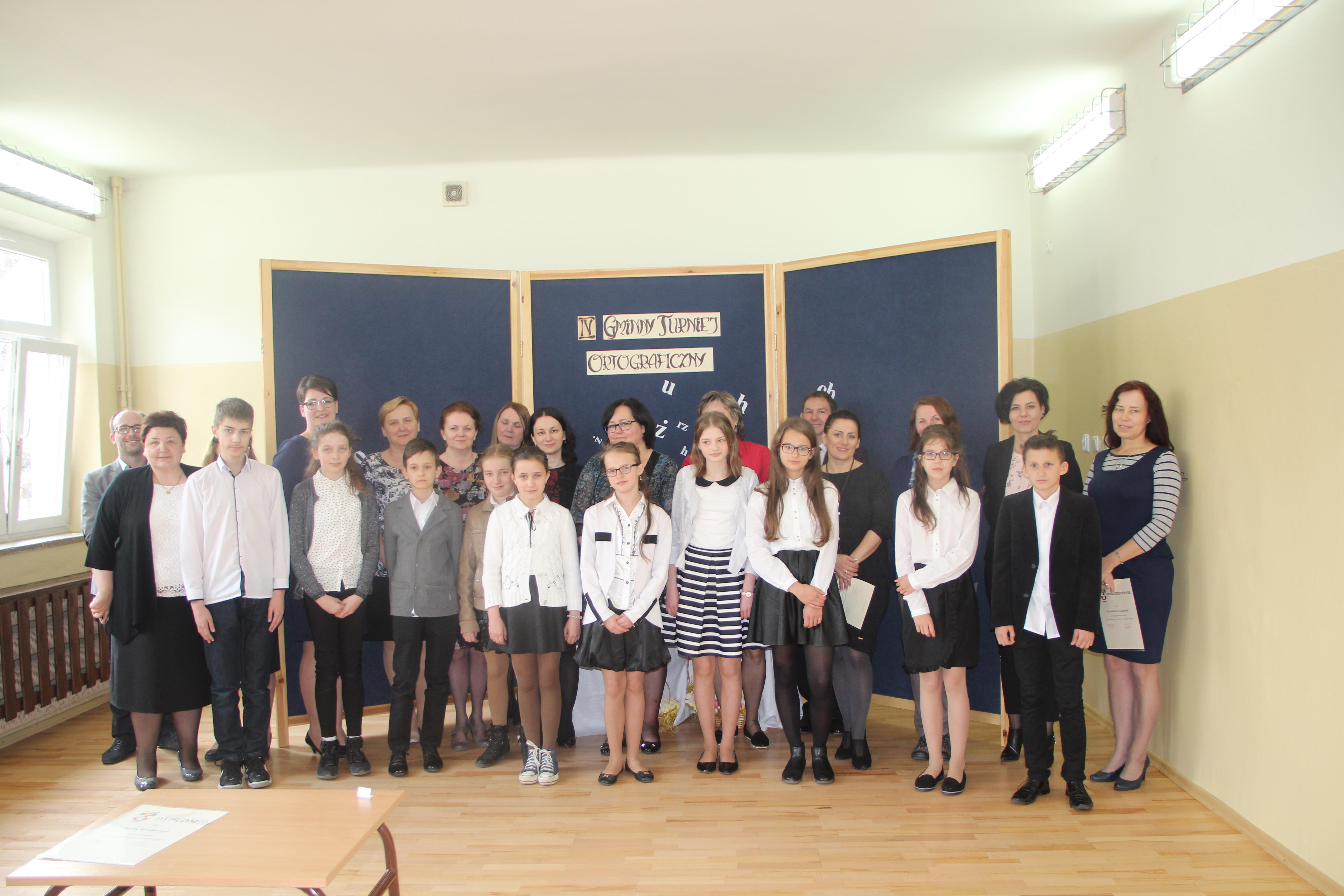 IV Gminny Turniej Ortograficzny w Zespole Szkół w Pisarzowej - zdjęcie główne