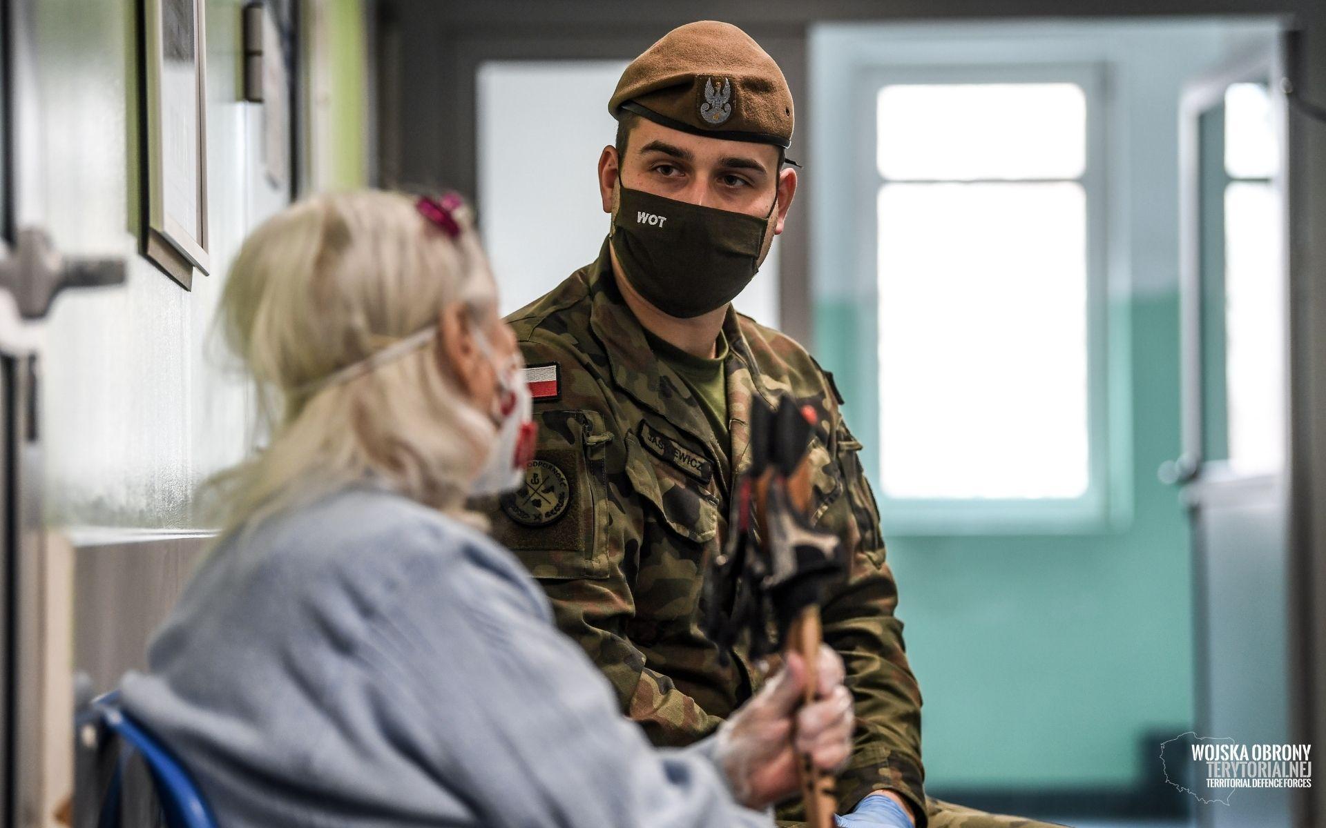 Małopolscy Terytorialsi wspierają walkę z koronawirusem - zdjęcie główne