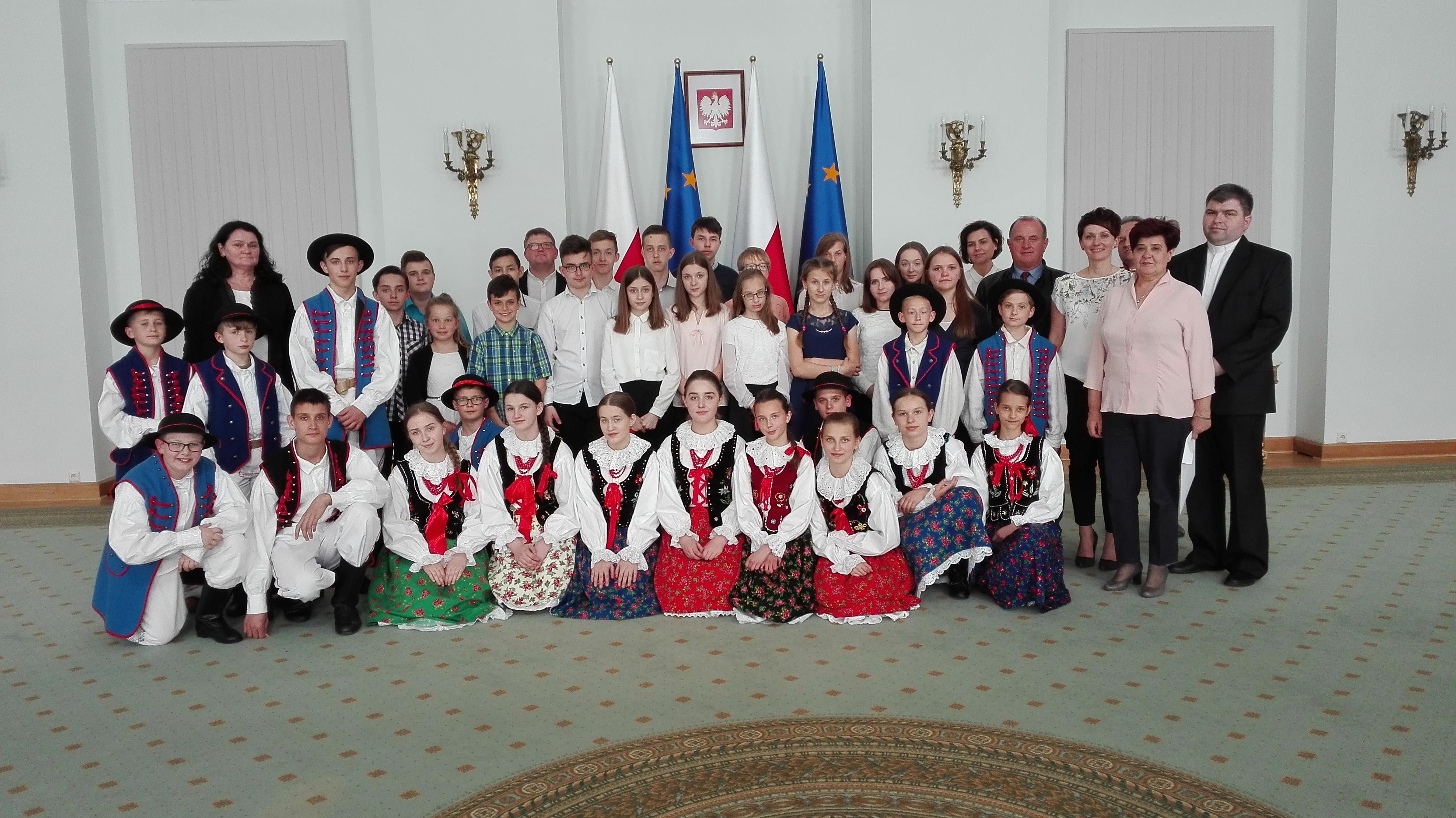 Spotkanie Małżonki Prezydenta z uczniami z Pasierbca - zdjęcie główne