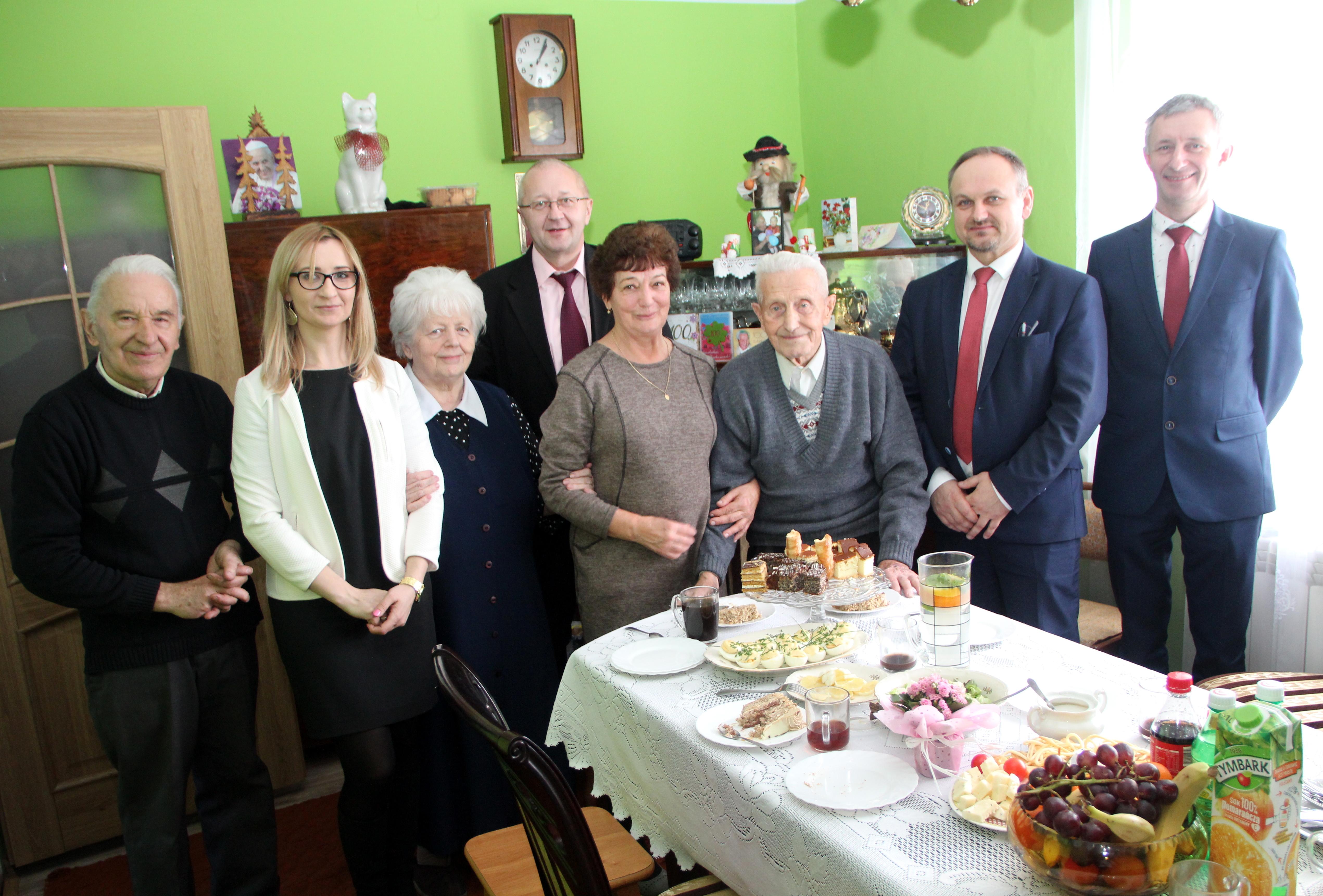 Setne urodziny pana Józefa Kubatka z Męciny - zdjęcie główne