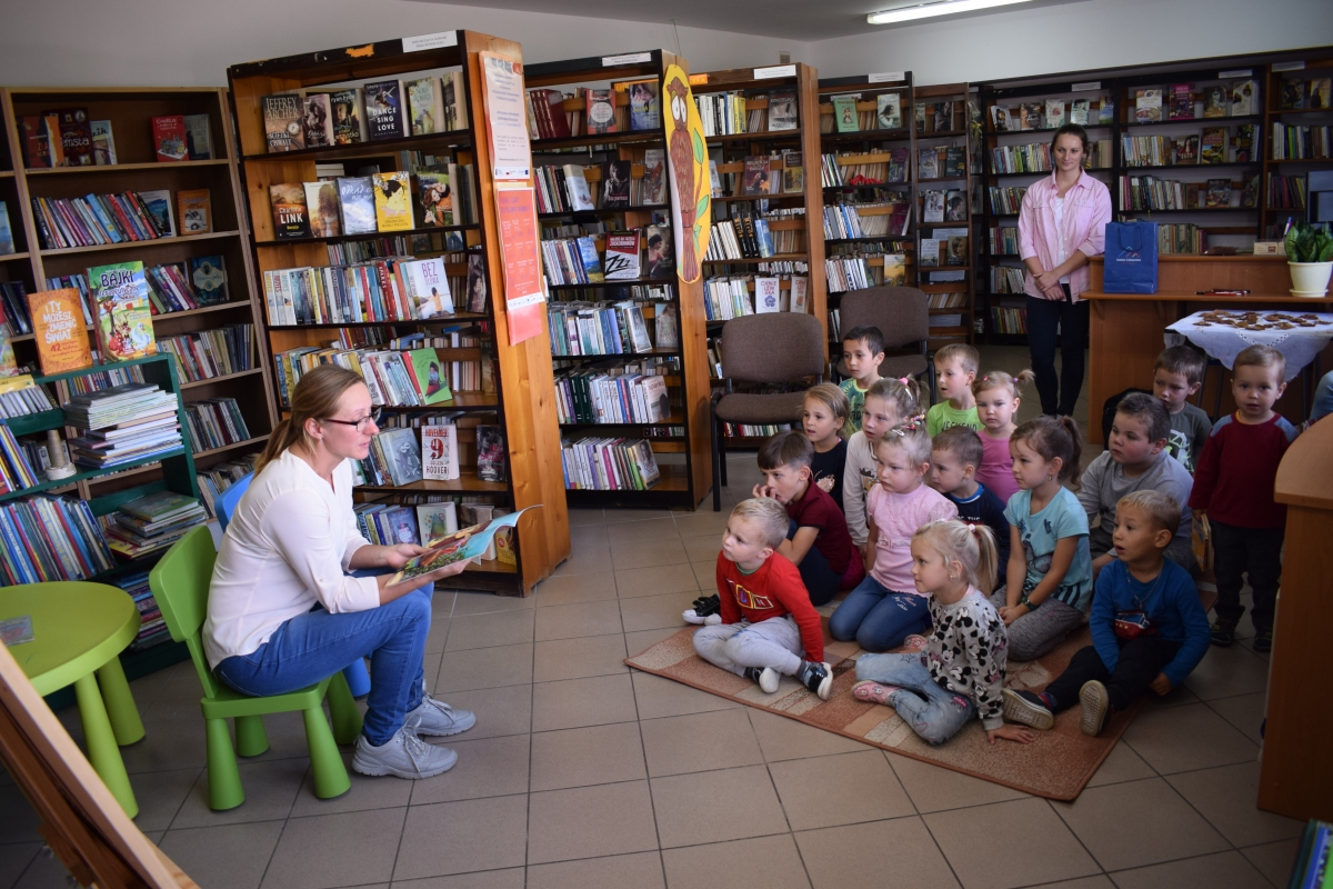 Ogólnopolski Dzień Głośnego Czytania w gminnych bibliotekach - zdjęcie główne