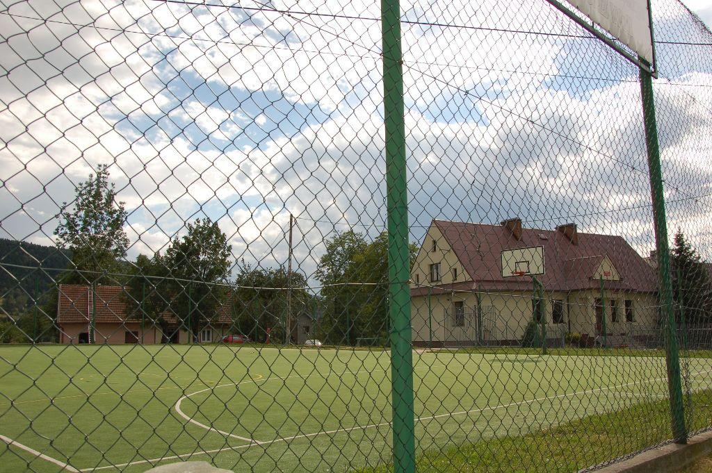 Boisko sportowe w Starej Wsi II