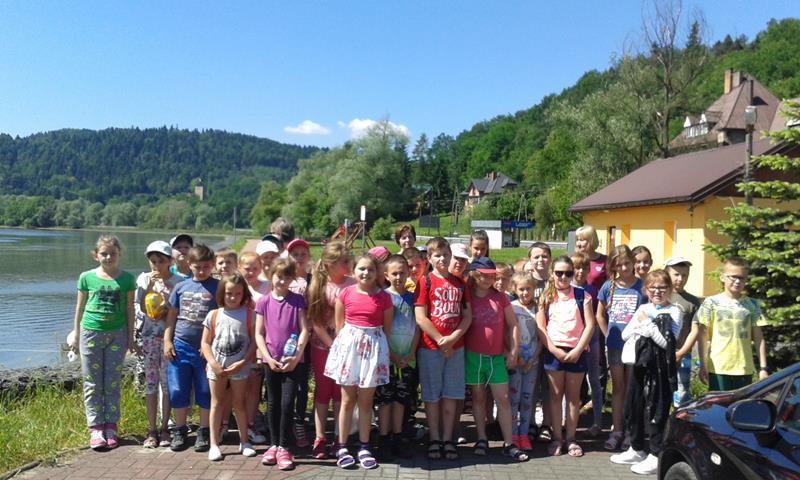 """,,To co pamiętamy, chętnie wspominamy"""" – uczniowie z Rupniowa na """"zielonej szkole"""" - zdjęcie główne"""