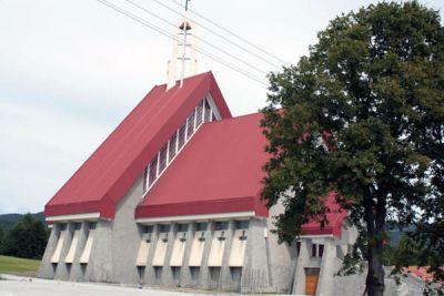 Kościół parafialny w Męcinie