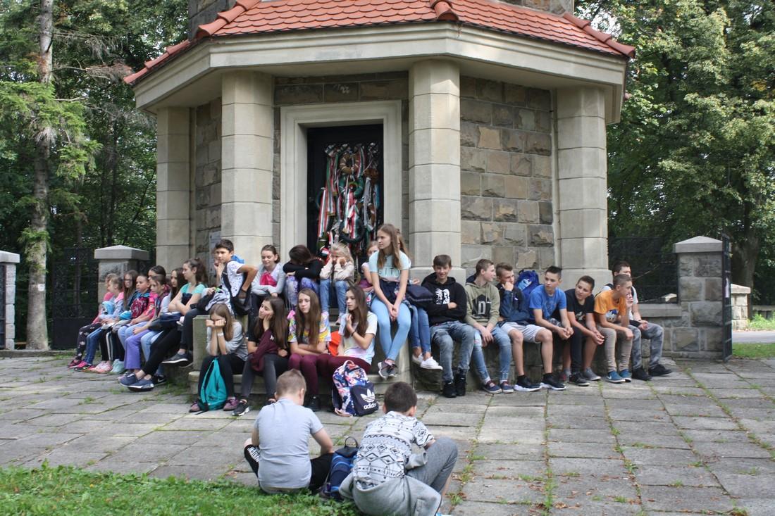 Spacer historyczny na Jabłoniec - zdjęcie główne