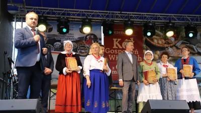 XXII Przegląd KGW Pisarzowa 2021 - Galeria zdjęć - j (80) (Kopiowanie).JPG