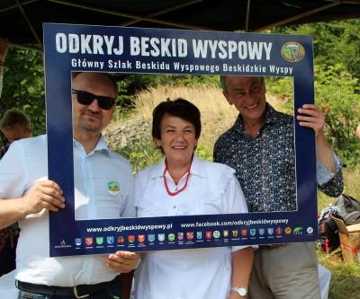 Spotkanie turystów na Sałaszu -  Odkryj Beskid Wyspowy 2019 - Galeria zdjęć - zenona.JPG