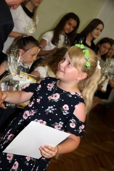 Nagrody dla uczniów, podziękowania dla nauczycieli na uroczystym  podsumowaniu roku szkolnego - Galeria zdjęć - IMG_0491 (Kopiowanie).JPG