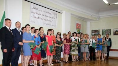 Nagrody dla uczniów, podziękowania dla nauczycieli na uroczystym  podsumowaniu roku szkolnego - Galeria zdjęć - IMG_0609 (Kopiowanie).JPG