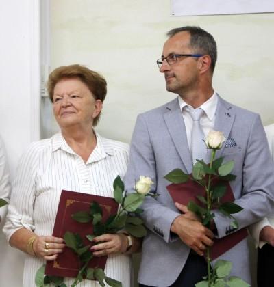 Nagrody dla uczniów, podziękowania dla nauczycieli na uroczystym  podsumowaniu roku szkolnego - Galeria zdjęć - IMG_0649 (Kopiowanie).JPG