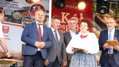XXII Przegląd KGW Pisarzowa 2021 - Galeria zdjęć - j (56) (Kopiowanie).JPG