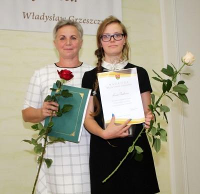 Nagrody dla uczniów, podziękowania dla nauczycieli na uroczystym  podsumowaniu roku szkolnego - Galeria zdjęć - IMG_0694 (Kopiowanie).JPG