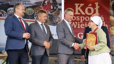 XXII Przegląd KGW Pisarzowa 2021 - Galeria zdjęć - j (62) (Kopiowanie).JPG