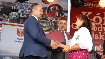 XXII Przegląd KGW Pisarzowa 2021 - Galeria zdjęć - j (58) (Kopiowanie).JPG