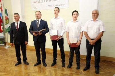 Nagrody dla uczniów, podziękowania dla nauczycieli na uroczystym  podsumowaniu roku szkolnego - Galeria zdjęć - IMG_0320 (Kopiowanie).JPG